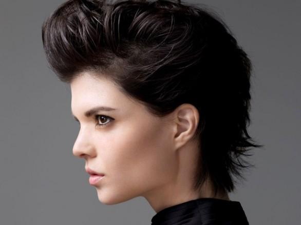 Taglio per far crescere i capelli ricci